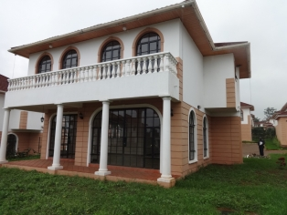 3 BR All En suite Townhouse in Kiambu Road R755