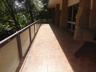 C069:13 bedroom own compound office space in lavington sited on 1acre land size.