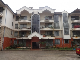 3 BEDROOM APARTMENT WITH SQ IN RIVERSIDE R745