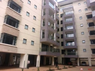 4 BR APARTMENTS IN RIVERSIDE R780